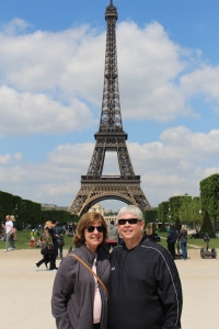 Linda and Skip in front of the Eiffel Tower